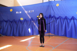 Nikola Santiago kl.VIc-Mam Talent 2010