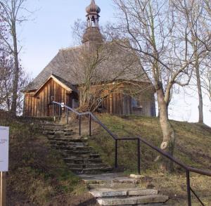 Kościół filialny pw. św.Stanisława Bpa w Chotelku