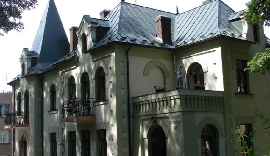Pesnsjonat Zamek Dersława