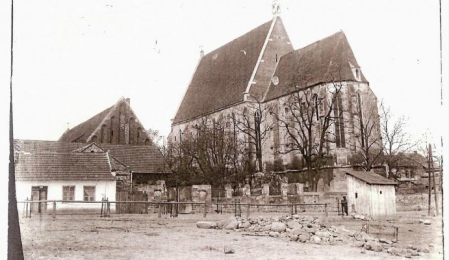 Widok na kościół od strony południowo-wschodniej. 1920 r.