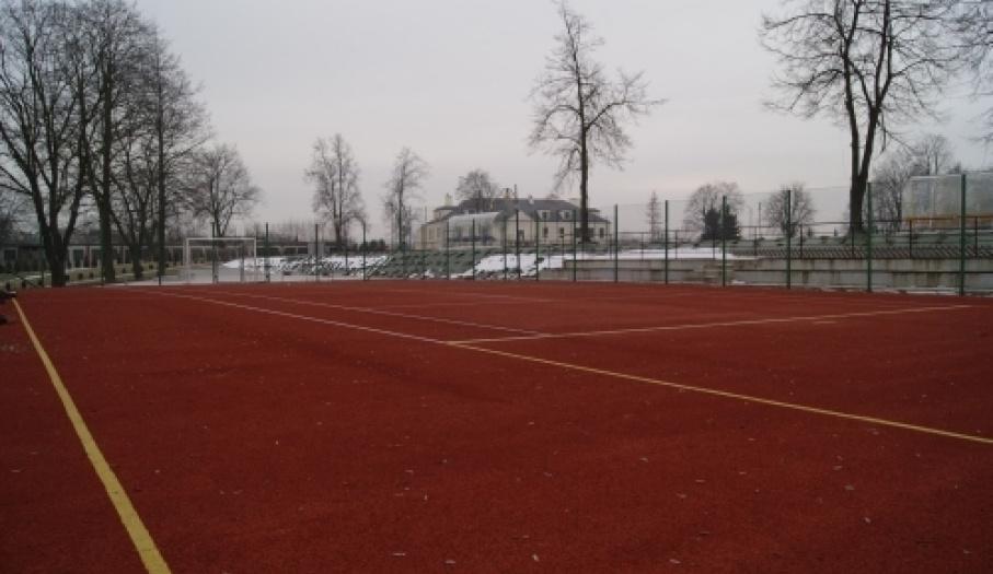 Wielofunkcyjne boiska sportowe w Stopnicy
