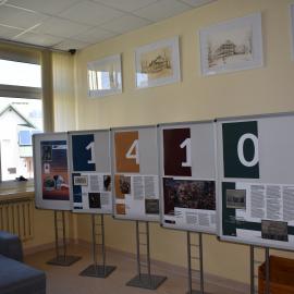 Wystawia w Miejsko - Gminnej Bibliotece Publicznej