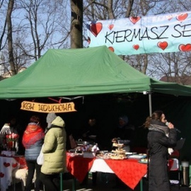 Walentynkowy Kiermasz Serc w Busku-Zdroju